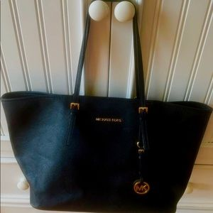 Michael Kors Extra Large Tote